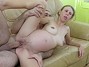 Emy Leslie Taylor Busty Pregnant MILF