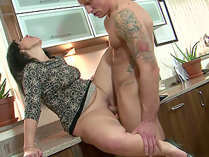 Mature Hottie Montse Swinger Gets Her Cunt Stretched By A Fat Cock