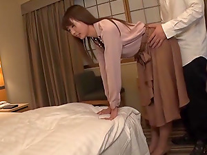 Japanese Babe Orihara Honoka Rides A Cock And Gets A Huge Cum Shot